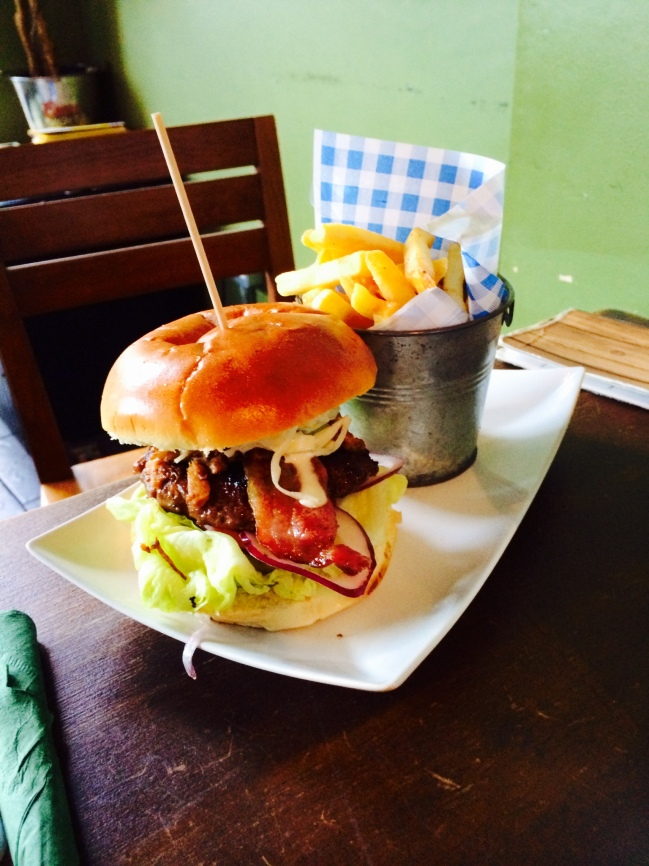 it-bar-filthy-pig-burger