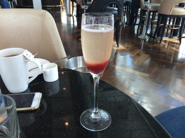 the-alchemist-strawberry-bellini